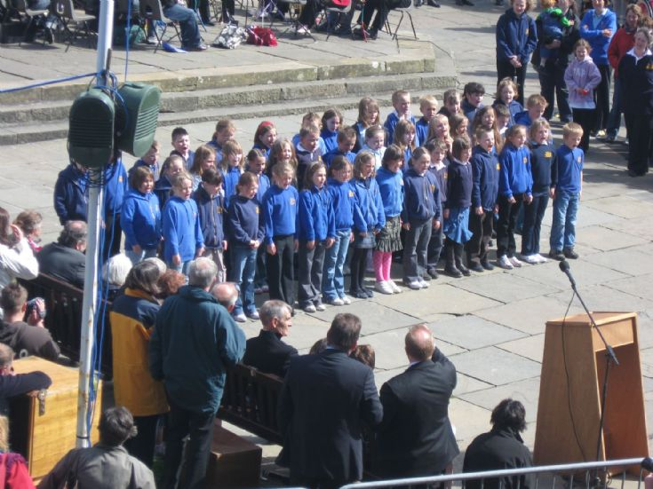 Singers from Papdale P4