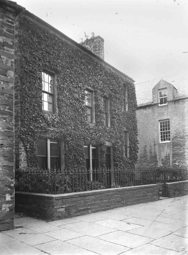 75 Victoria Street, Kirkwall