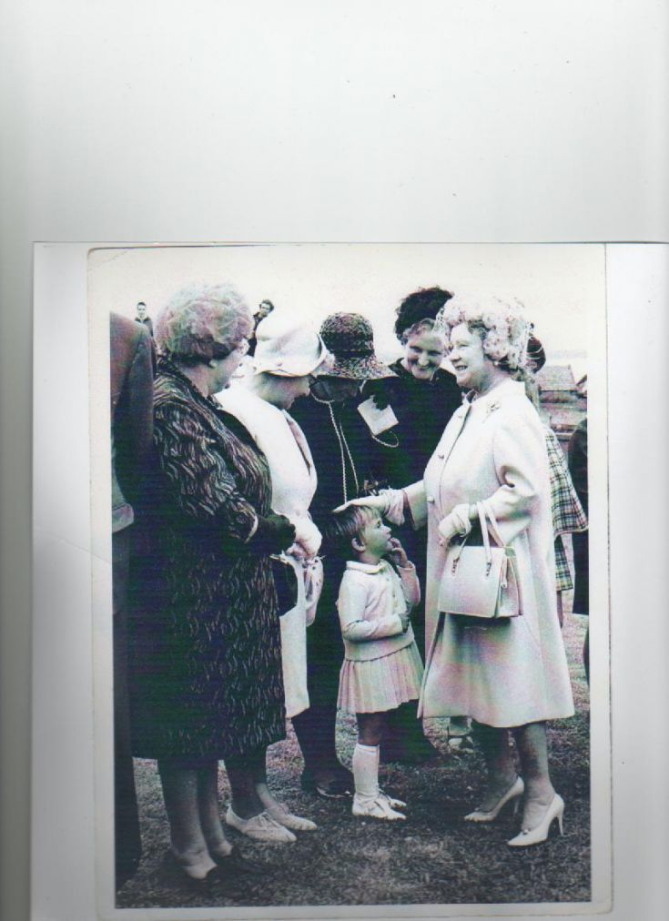 Queen Mother meets the Lifeboat Widows
