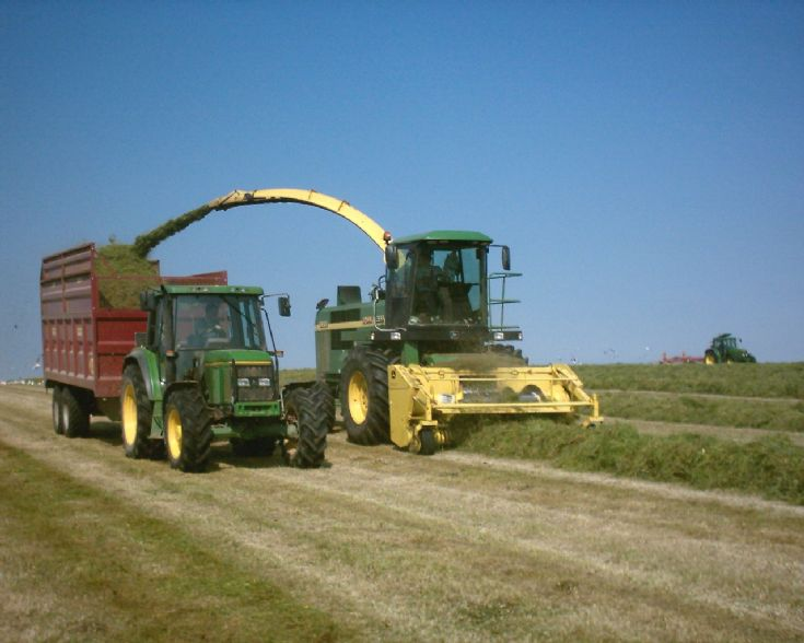 Silage at Ingsay June 2007