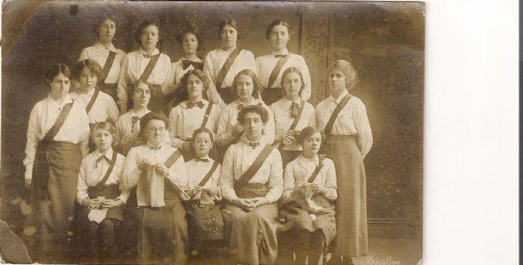 Girls Guildry 1915