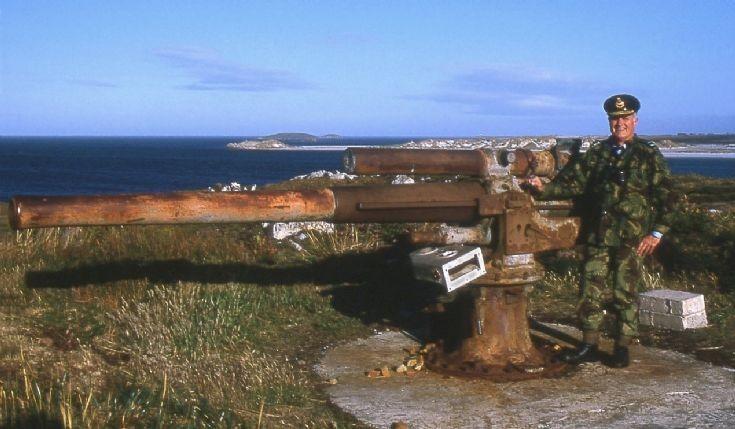 WW1 gun in Falkland Islands