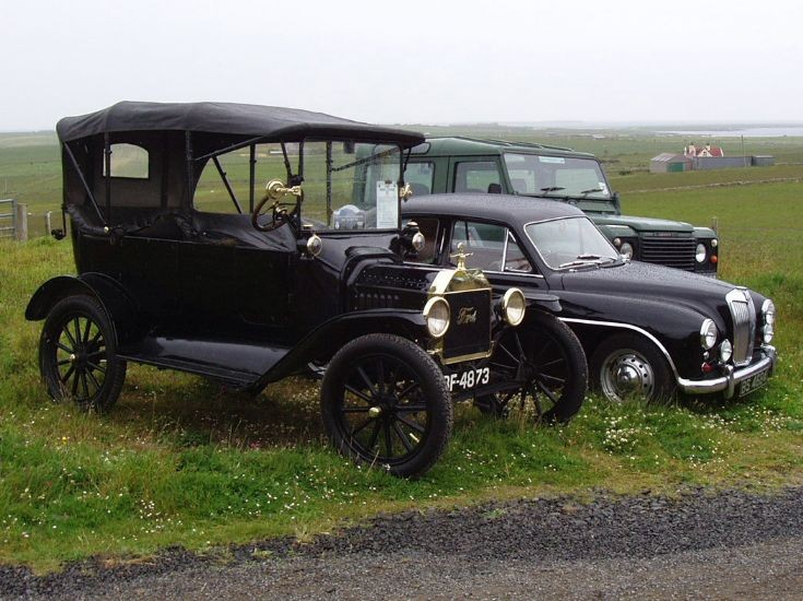 Vintage Cars on Stronsay 3/4