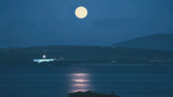 Full moon and Hoy Sound