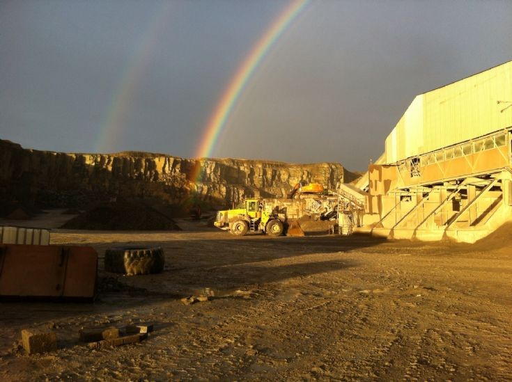 Rainbow in Heddle Quarry