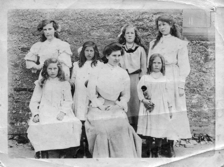 The Jarvie Sisters 1915