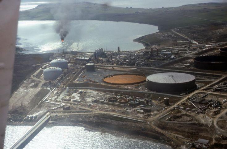 Flotta oil terminal under construction