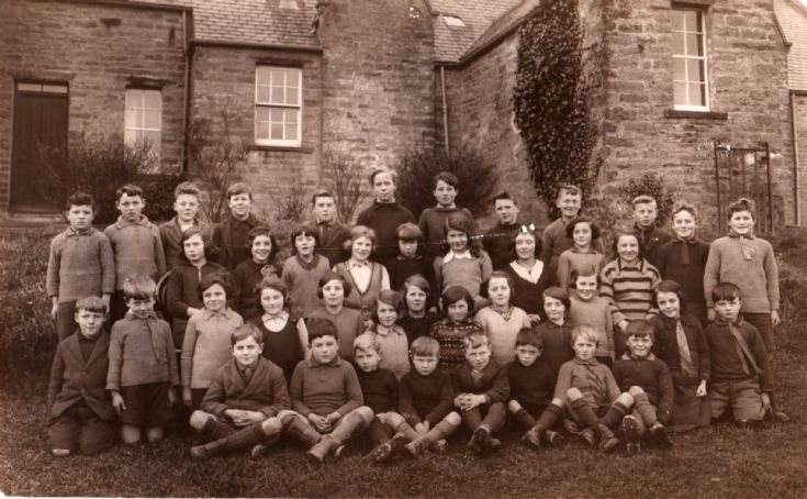 North Sandwick School Photo