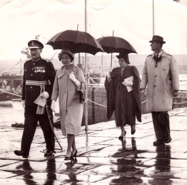 The Queen's visit - rescheduled - 12th Aug 1960