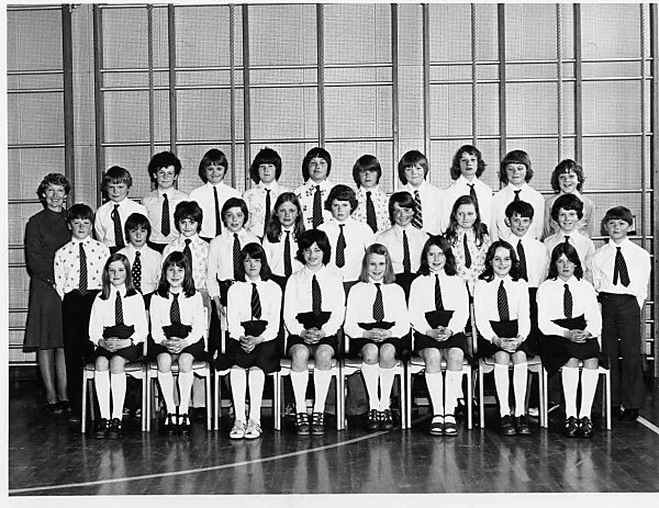 P7 Sweyn, 1976-77, Kirkwall Primary School