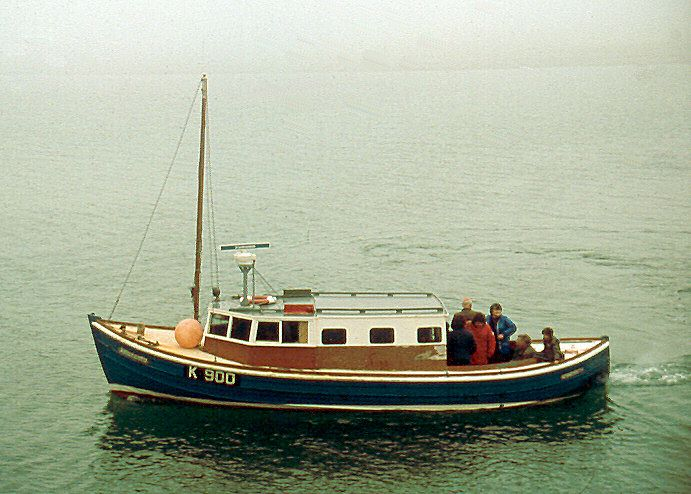 Papay Schoolboat